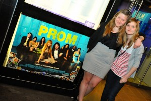 prom movie review, prom film review